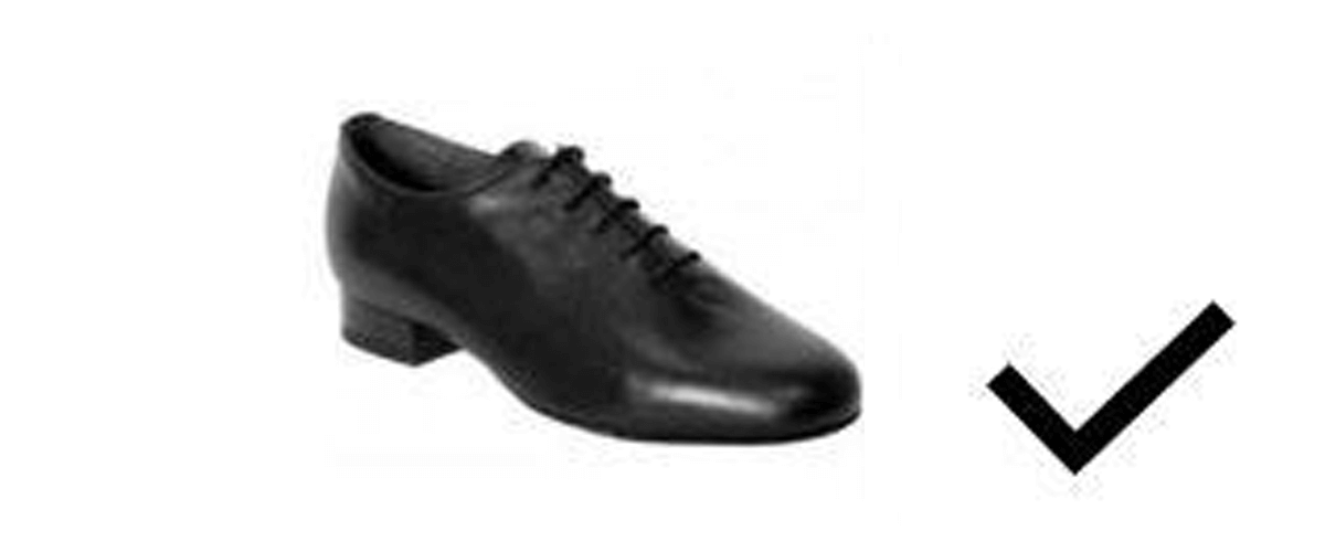 Dress restrictions on shoes for juvenile boys in Dancesport